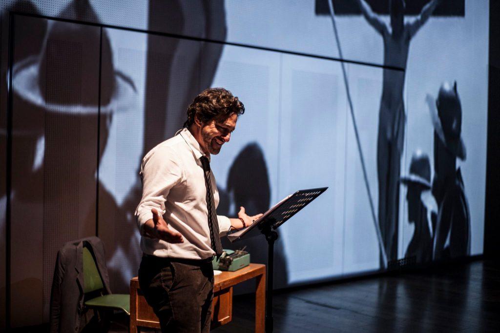 """Performance - """"L'Italia era un paese meraviglioso"""" di Yari Gugliucci"""