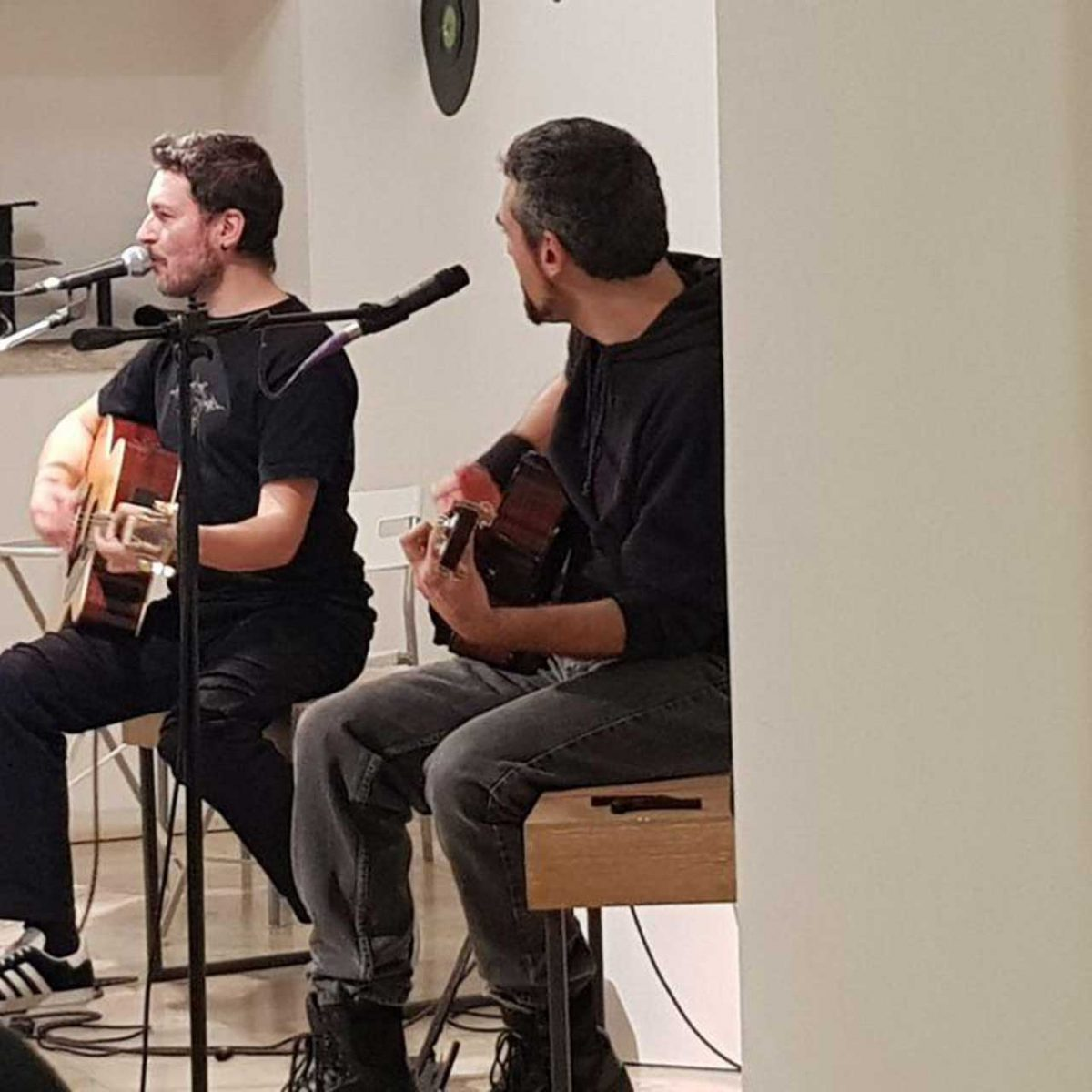 Absolute Beginners David Bowie Experience. Duo acustico Francesco Vilone e Gian Paolo Costantini