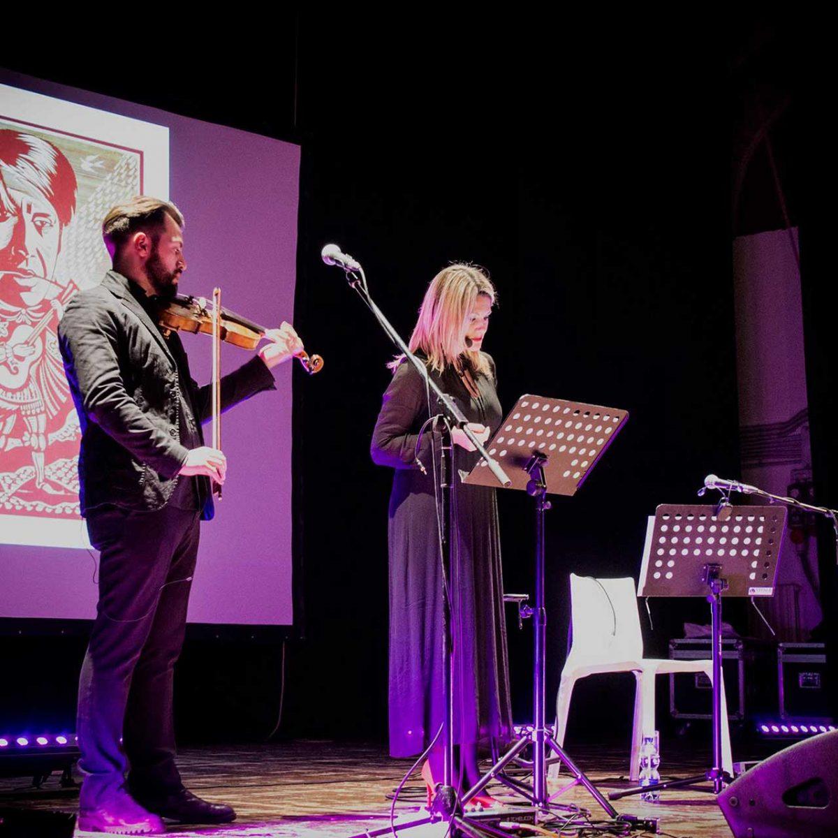 Teatro Augusteo di Salerno - concerto-evento dedicato a Fabrizio De André, con Carlo Ghirardato, Michele Ascolese e Domenico Ingenito - Foto © Govanna Landi