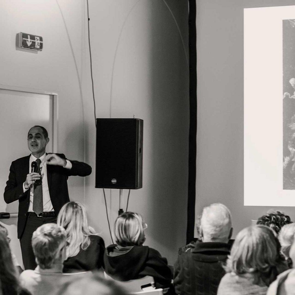 """""""Metamorfosi di un mito di metamorfosi"""" di Gennaro Carillo, in collaborazione con il #FuoriFestival di Salerno Letteratura - Foto © Govanna Landi"""