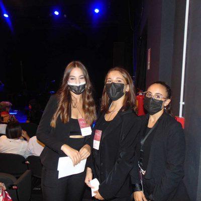 Le splendide hostess del team di Tempi Moderni al concerto Beautiful Losers: Valeria, Beatrice, Miriam